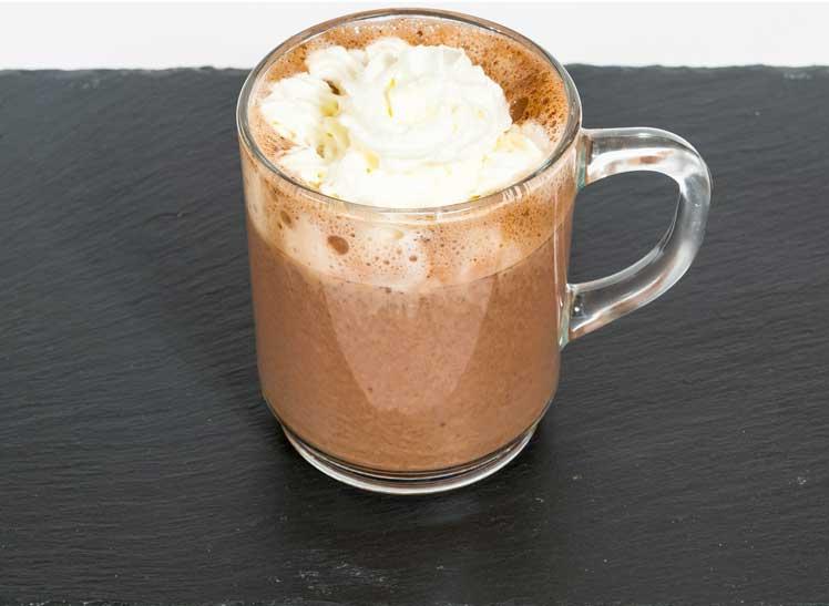 Pittige chocolademelk met rum